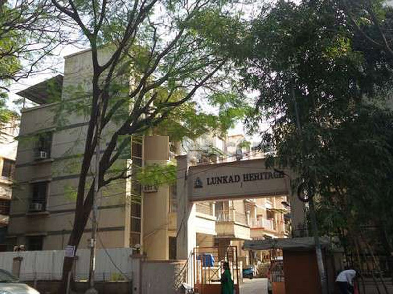 Lunkad Heritage Apartment - Project Images