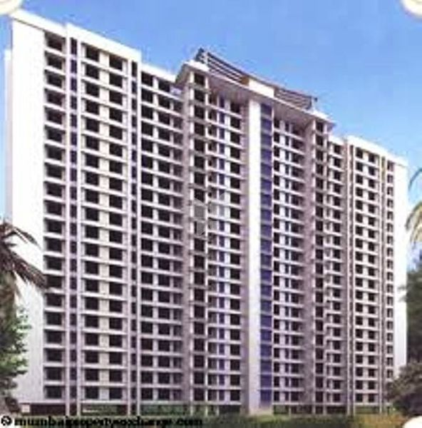 Royal Palms Apartments: Royal Palms Garden View In Goregaon East, Mumbai
