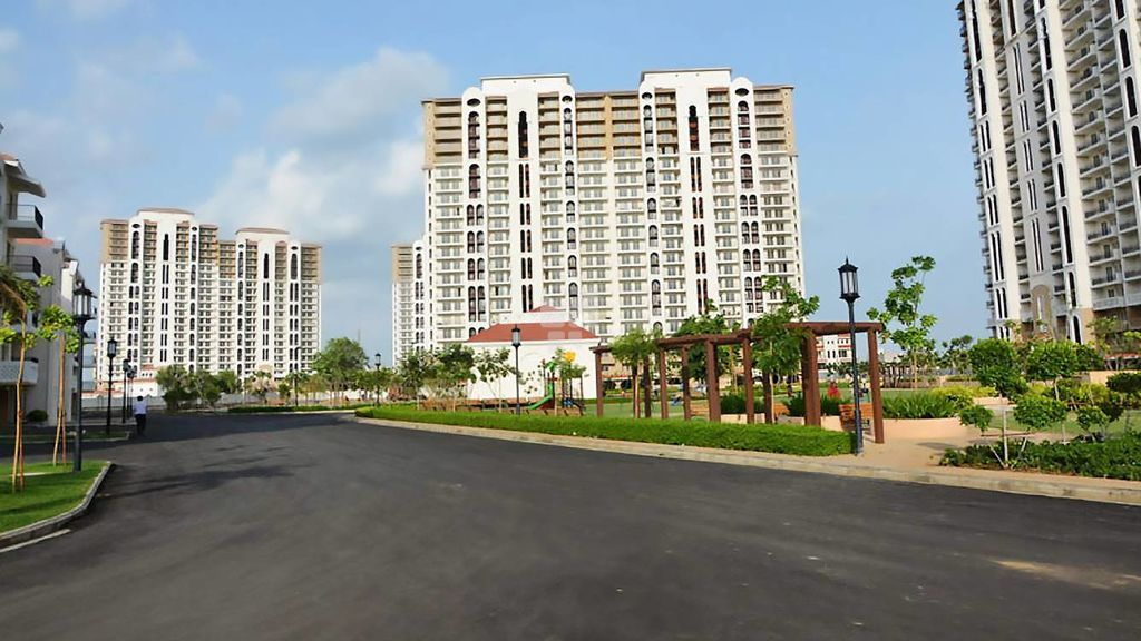 DLF New Town Heights 1 - Project Images