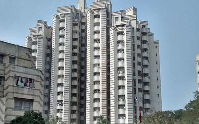 unitech-rakshak-apartment-in-south-city-i-elevation-photo-1k6h.