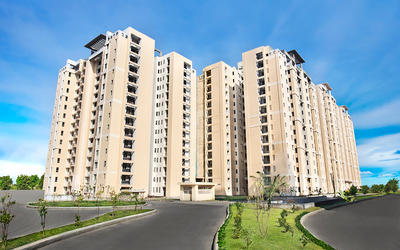 jaypee-greens-wish-town-klassic-in-sector-134-elevation-photo-1llk