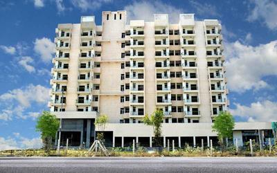 gayatri-life-apartments-in-sector-16-elevation-photo-1l9g