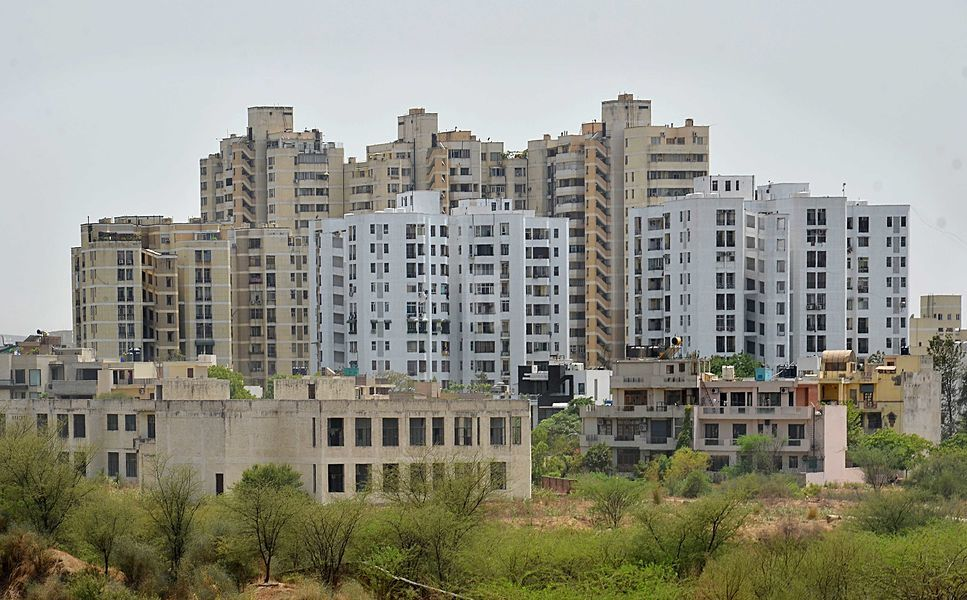 DLF Silver Oaks - Project Images