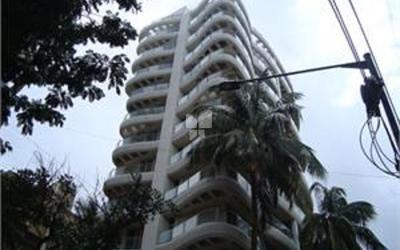 joy-white-house-in-santacruz-west-elevation-photo-1eyf