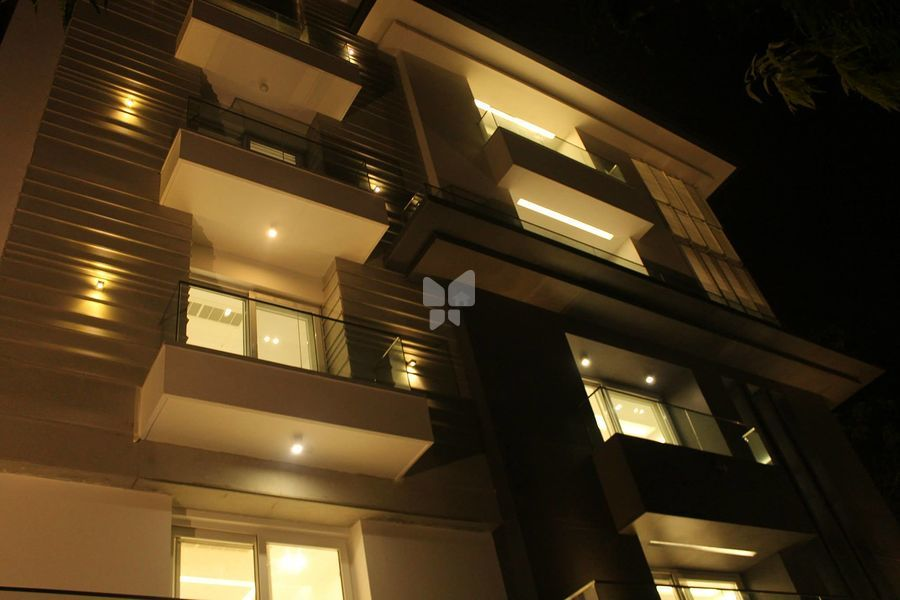 Aarone Boutique Residential - Elevation Photo