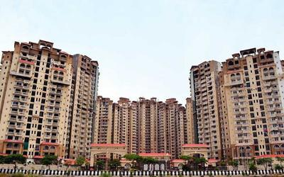 amrapali-sapphire-in-sector-45-elevation-photo-1l3u