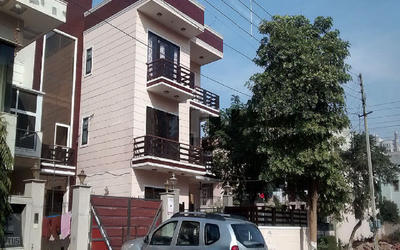 sanjay-arora-floors-4-in-sector-49-elevation-photo-1ml7